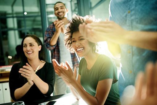 Freuende Menschen von UnternehmerTUM (UTUM )