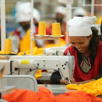 DAU: Lokaler Zulieferer für die Bekleidungsindustrie